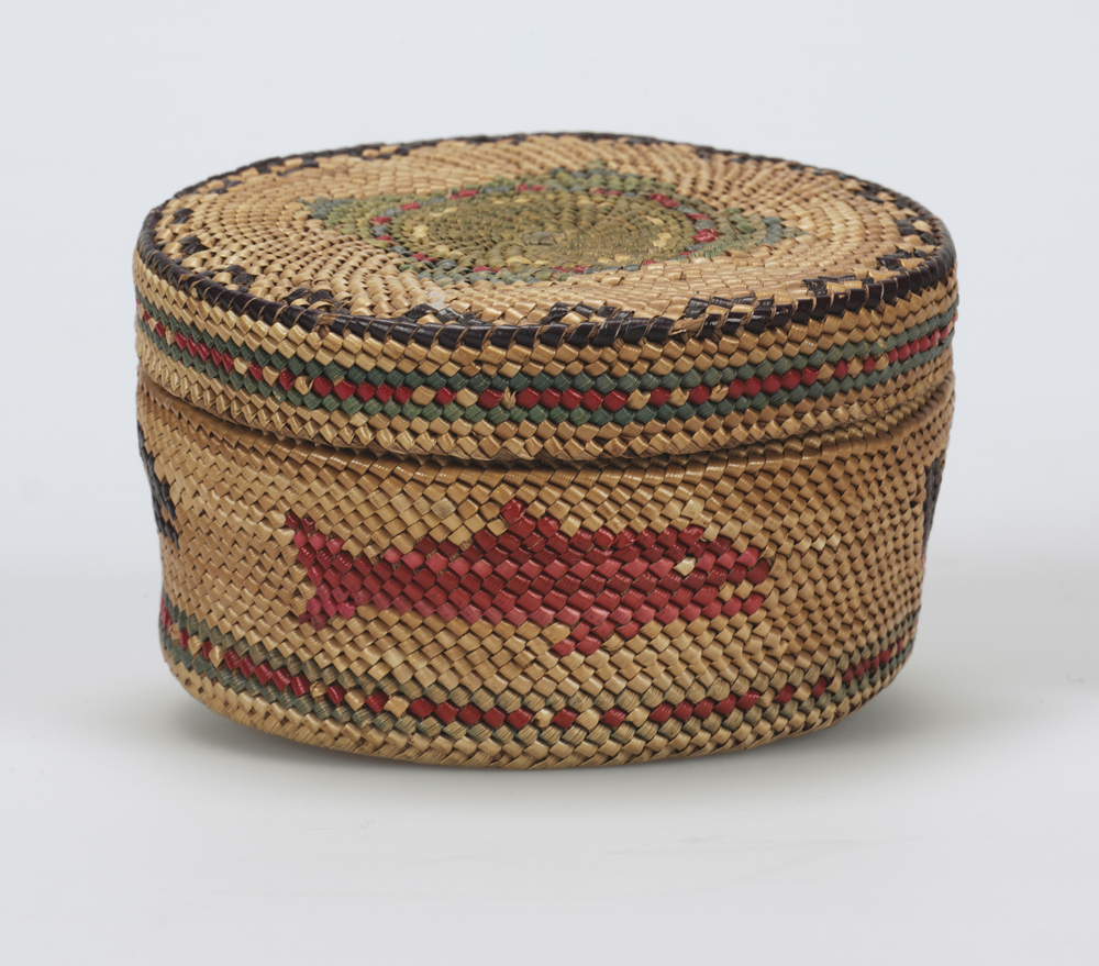 {link:http://pages.vassar.edu/designinlivingthings/makah-basket/}Makah Basket{/link}