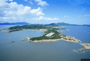 17b. Aerial view of Mount Putuo Island, photo: chinablog.cc.