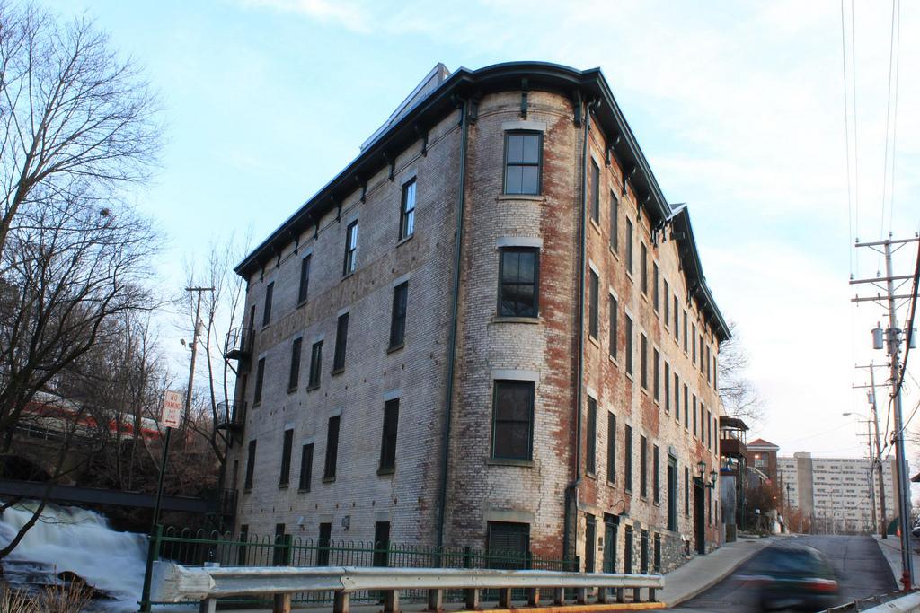 a Poughkeepsie school of urban studies 2