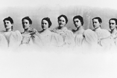 Vassar College Glee Club (1897) || Hemmings is 6th from the left.