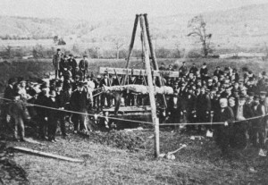 """The Cardiff Giant being """"exhumed"""""""
