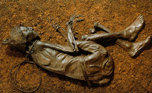 tollund man radiocarbon dating The bog body, known as grauballe man, was disovered in april 26th, 1952 from a peat bog by a team of danish peat cutters near the village of grauballe, denmark it is an iron age bog body and one of many mummified bodies discovered in the peat bogs of denmark and northern europe.